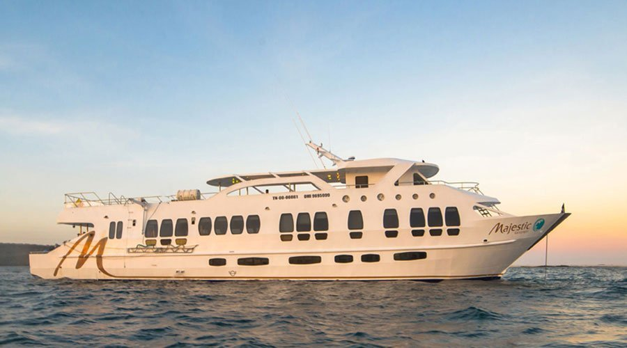 Galapagos Diving Expedition aboard Majestic Explorer